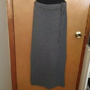 Dresses & Skirts - Fleece gray maxi skirt - size S, great condition!